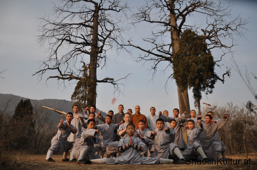 shaolin-monks-1
