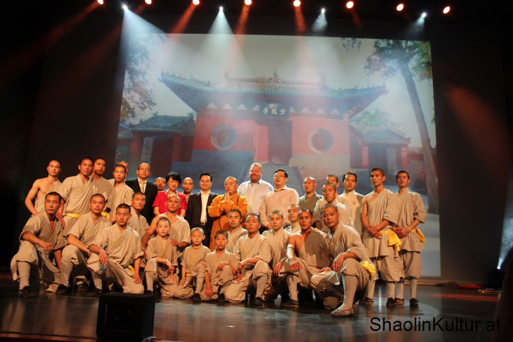 shaolin-monks-4