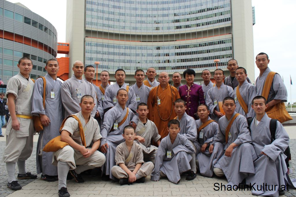 shaolin-monks-5