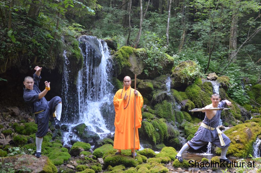 shaolin-monks-8